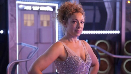 The Doctor and River reunite for Christmas Alex Kingston will […]